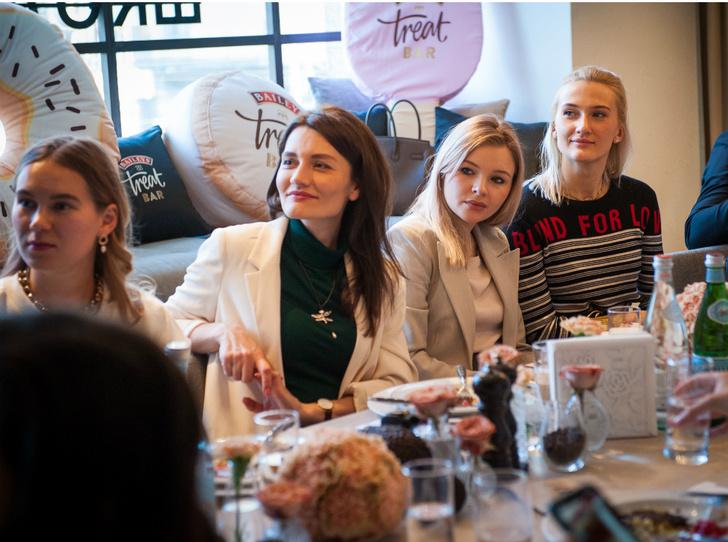 Фото №2 - Как прошел бранч Baileys Treat Bar и Novikov School