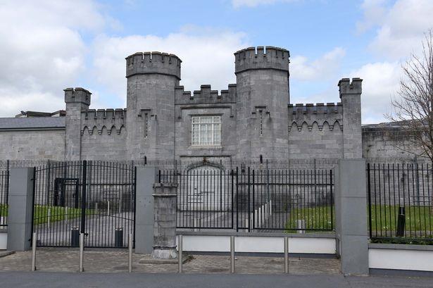 Фото №8 - Выхода нет: 4 самые неприступные тюрьмы мира