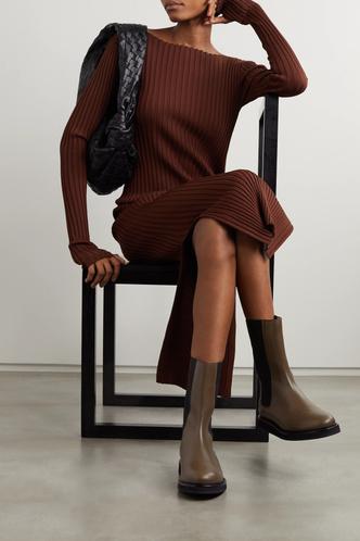 Фото №6 - Самая модная обувь сезона: где искать челси на платформе (и с чем их носить)