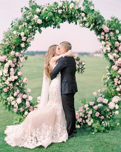Фото №15 - Горько: во сколько лет выходят замуж в разных странах мира