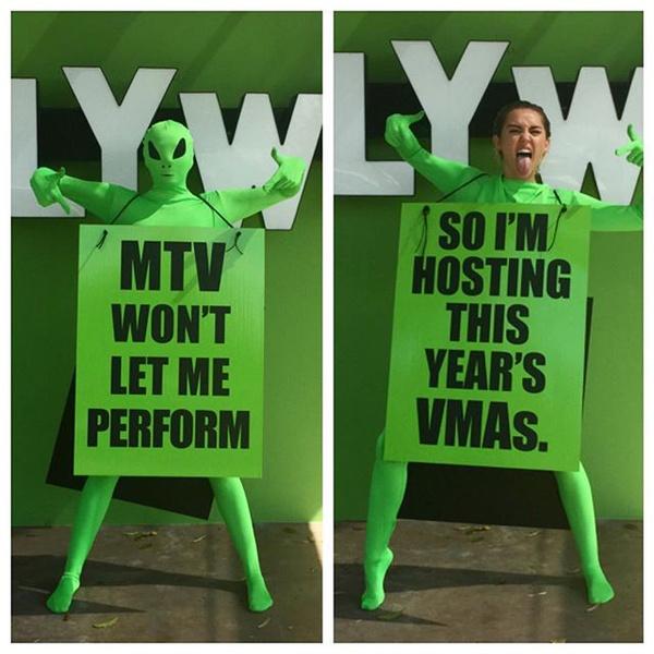 Фото №1 - OMG! Майли Сайрус будет ведущей MTV VMA 2015