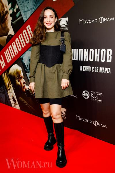 Фото №3 - «Игры шпионов»: столичные звезды оценили фильм с Мироновой и Камбербэтчем в главных ролях
