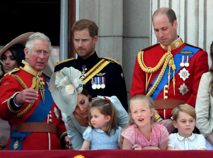 Фото №2 - Любящий дядя: что принц Гарри дарил Джорджу и Шарлотте
