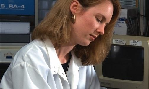 Фото №1 - Вместо заполнения бумаг врачи смогут надиктовывать анамнез и назначения