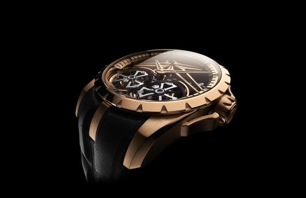 Фото №4 - Добро пожаловать в будущее: новые часы Roger Dubuis с двойным парящим турбийоном