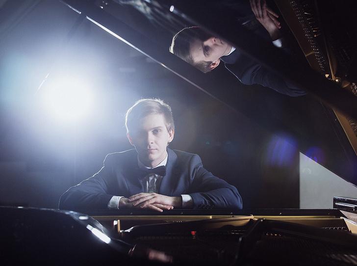 Фото №1 - День России в «Музеоне»: фортепианный концерт под открытым небом