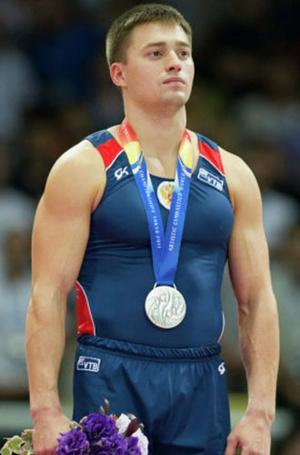 Фото №2 - Тренировка олимпийцев: как заниматься 15 минут в день и оставаться в форме