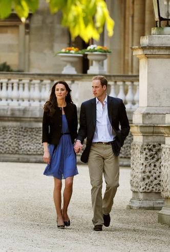 Фото №3 - Принцесса масс-маркета: как герцогиня Кейт носит одежду бюджетных брендов
