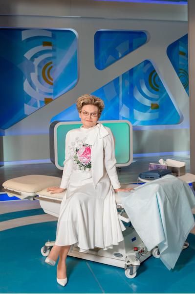 Фото №2 - Елена Малышева: «Если вспышки коронавируса не будет, в апреле все наладится»