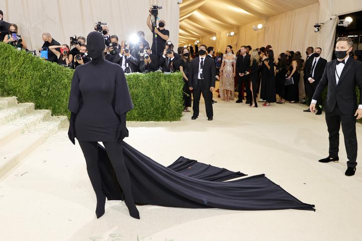 Фото №12 - Met Gala 2021: все модные образы бала Института костюма