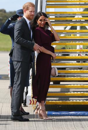 Фото №7 - Марсала, сангрия, марон: как королевские особы носят винные оттенки
