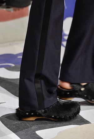 Фото №12 - Красота не главное: как и почему кроксы стали самой модной обувью