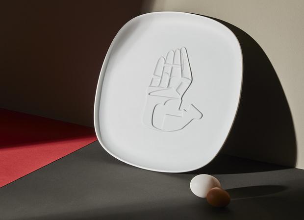Фото №1 - Посуда по рисункам Ле Корбюзье