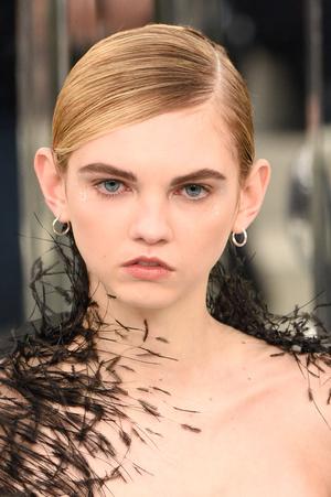 Фото №6 - Страшная сила: 10 моделей с провокационной внешностью, покоривших мир моды