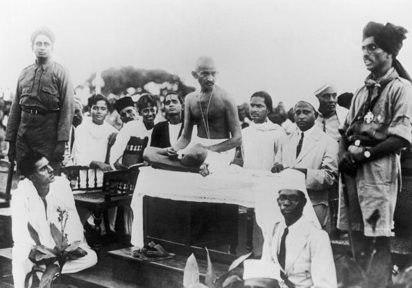 Фото №4 - 16 жизненных уроков, которым ты можешь научиться у Махатмы Ганди