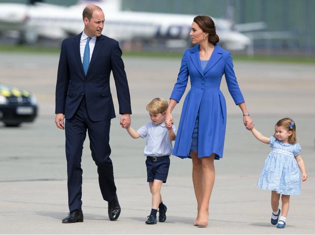 Фото №2 - По разные стороны: почему принц Джордж и Арчи Сассекский не смогут быть друзьями