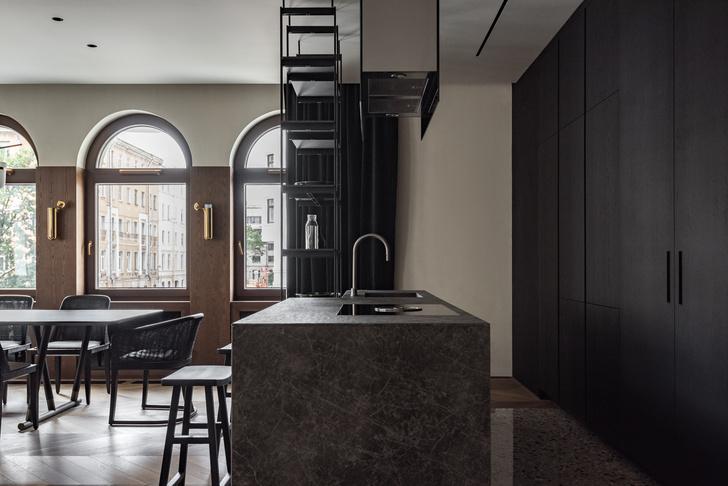 Фото №6 - Петербургский классицизм в современном ключе: квартира 195 м²