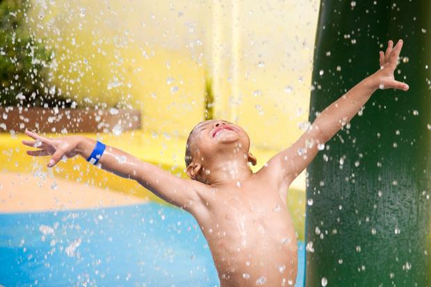 Фото №1 - 7 веселых игр в аквапарке