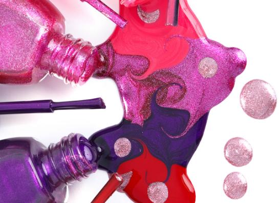 Фото №1 - Essie представляет лимитированную коллекцию неоновых лаков