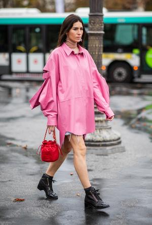 Фото №3 - Резкие и дерзкие: как носить грубые ботинки в разных стилях