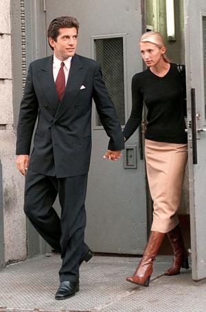 Фото №10 - Пока смерть не разлучит: любовь и трагедия Джона Кеннеди-младшего и Кэролин Бессетт