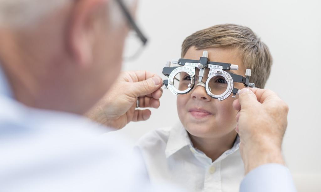 Каких врачей должен пройти ребенок перед школой: список