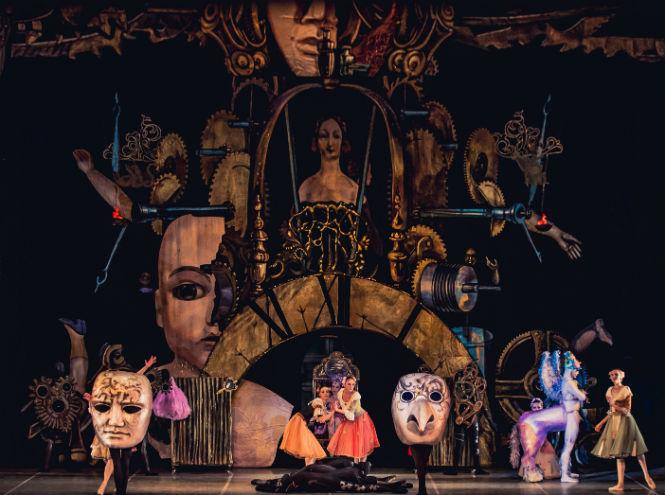 Фото №1 - Театр «Новой оперы» представляет балет «Коппелия»