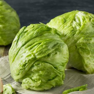 Фото №1 - Тест: Приготовь овощной салат, а мы подскажем, какой фильм посмотреть 🥗