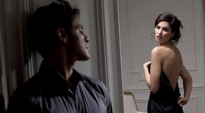 «Муж меня раздевает и осматривает после каждой поездки»