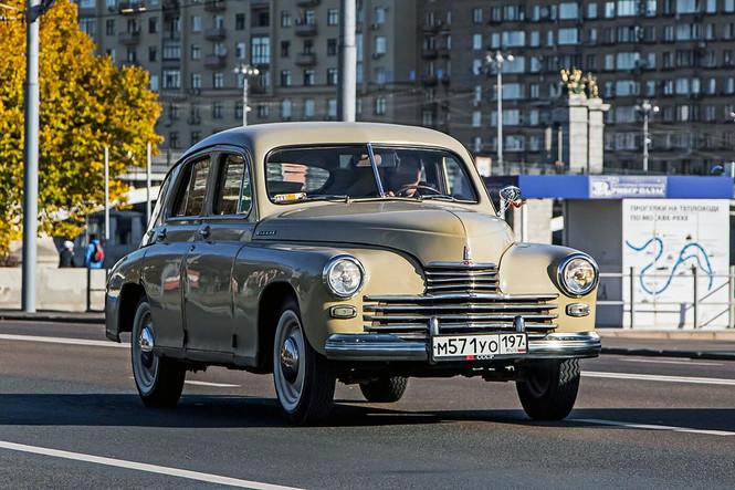 Фото №1 - Могли бы гордиться: 10 советских автомобилей, которым не стыдно было бы оказаться иномарками