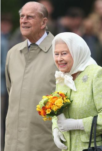 Фото №3 - Главный секрет счастливого брака Королевы и принца Филиппа
