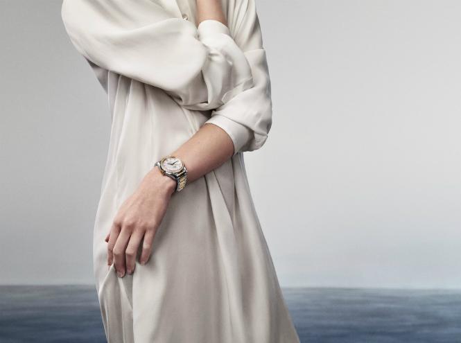 Фото №1 - Жемчужина моря: новая коллекция Omega Aqua Terra Ladies
