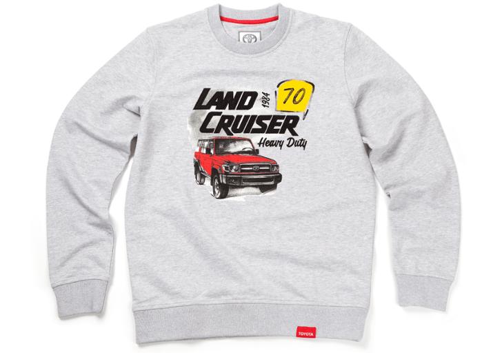 Toyota выпустила собственную коллекцию одежды и аксессуаров