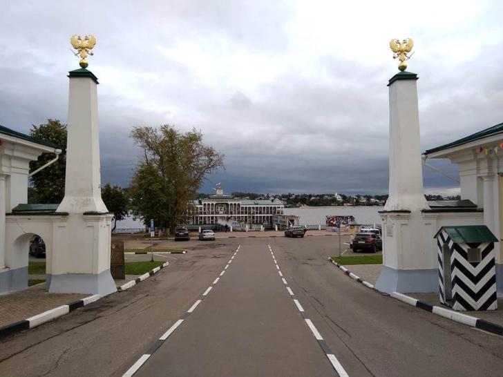 Фото №5 - Колыбель империи, золотые колокольни, цыгане и еще 7 достопримечательностей Костромы