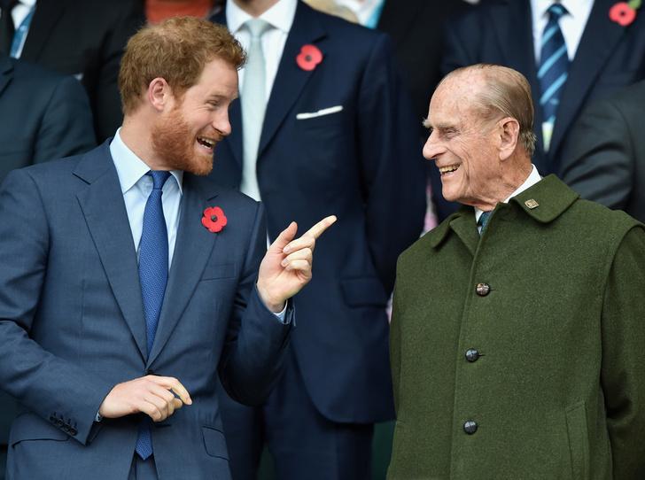 Фото №1 - Дедушка Их Высочеств: принц Филипп и его самые теплые отношения с внуками