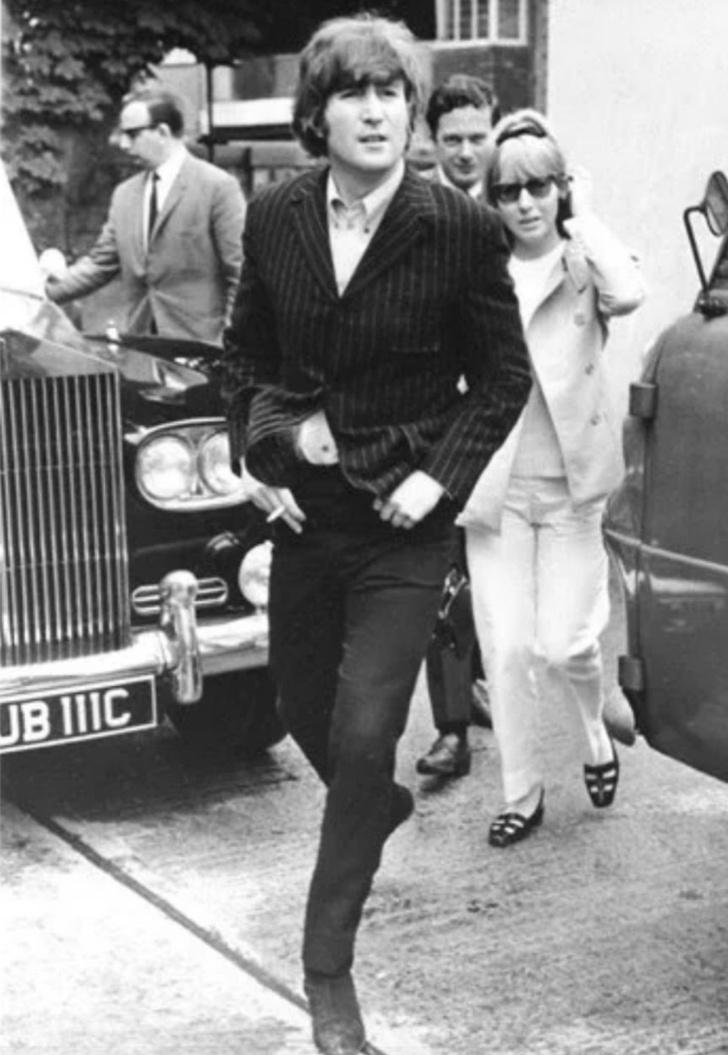 Фото №4 - Дорогой Джон: факты о Джоне Ленноне