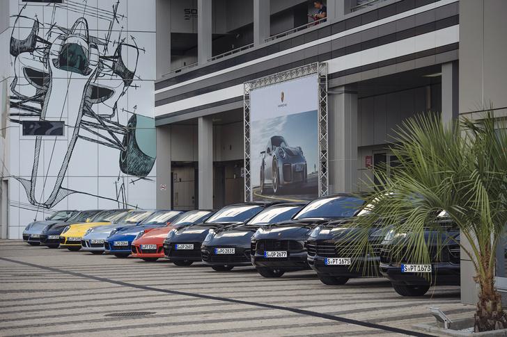 Фото №2 - Вирус Porsche: как прокатиться на всех моделях автомобильного бренда за один день