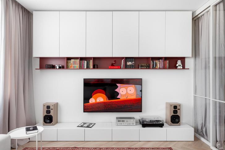 Фото №8 - Простота и функциональность: белая квартира 45 м²