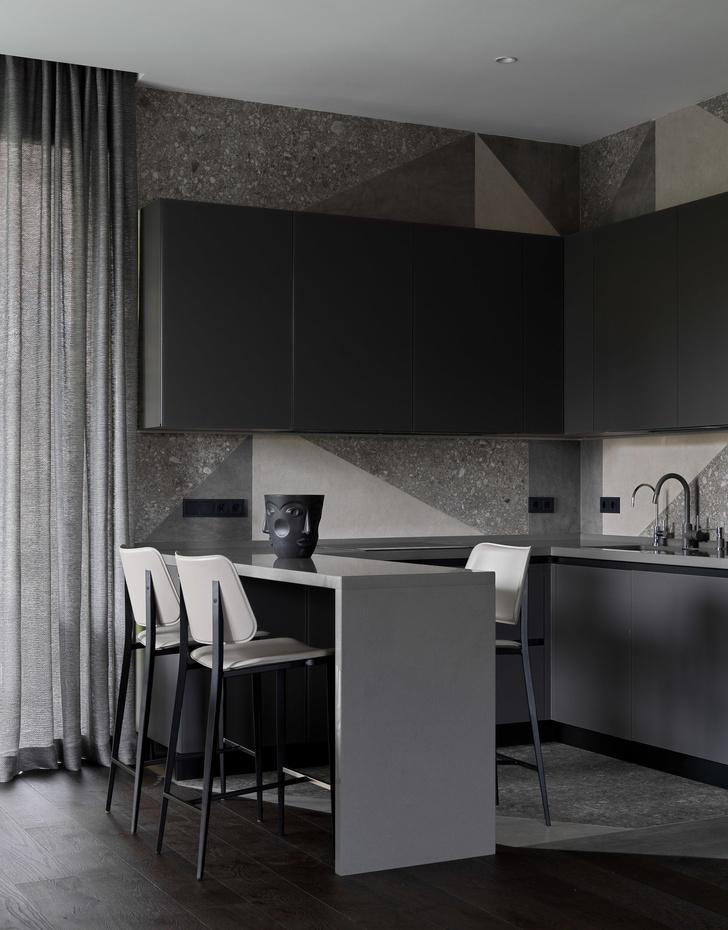 Фото №6 - Дом в Подмосковье 250 м² с камином и большими окнами