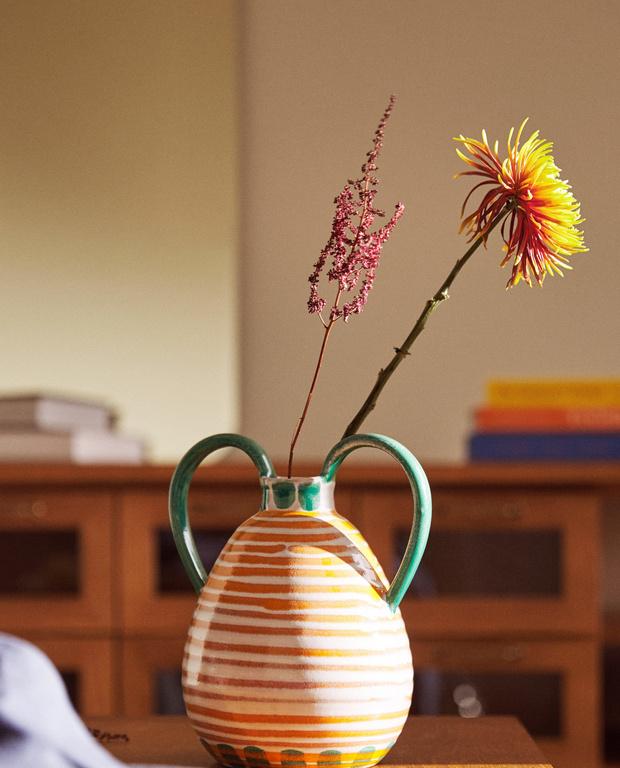 Свежее решение: топ-10 ваз для летнего букета (фото 8)