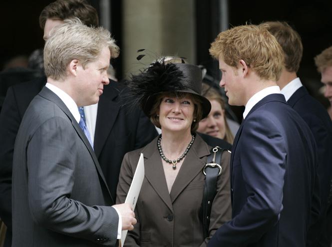 Фото №2 - Семейство Спенсеров получило «золотые билеты» на свадьбу Меган и Гарри