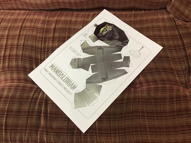 Мы скачали и распечатали чертеж младенца Йоды и сделали принтерную распечатку.