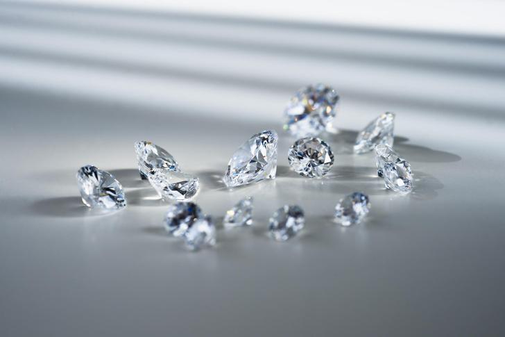 Фото №2 - От бриллианта до рубина: как драгоценные камни влияют на нас