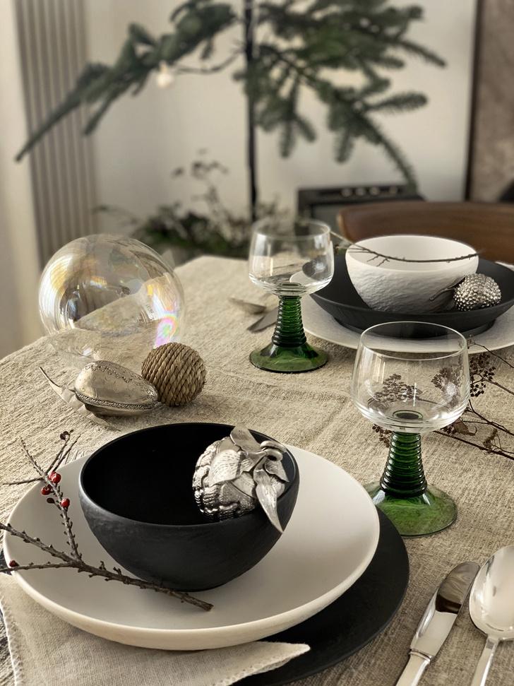 Фото №2 - Рождественская сервировка: три варианта от дизайнера