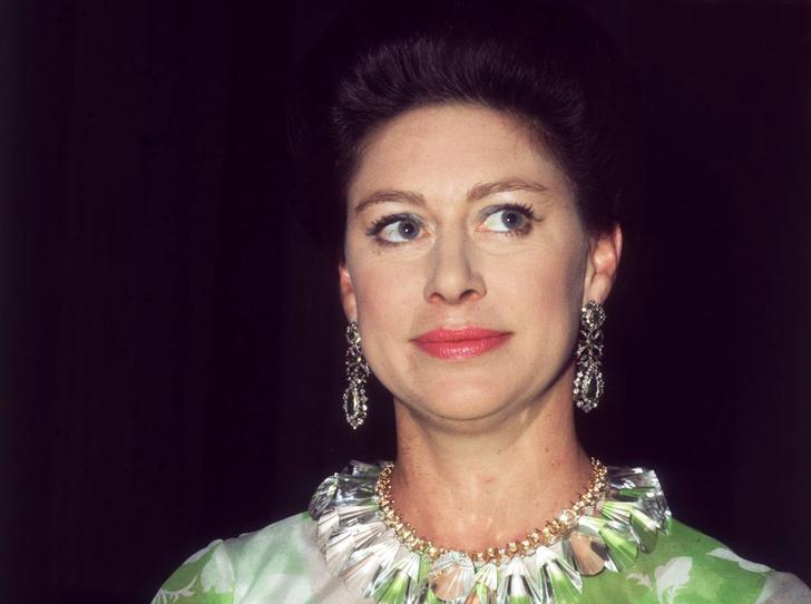 Фото №1 - Королевская бунтарка: 10 скандальных историй из жизни принцессы Маргарет