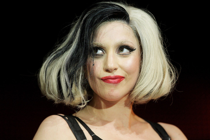 Фото №4 - Леди Гага исполнилось 28 лет