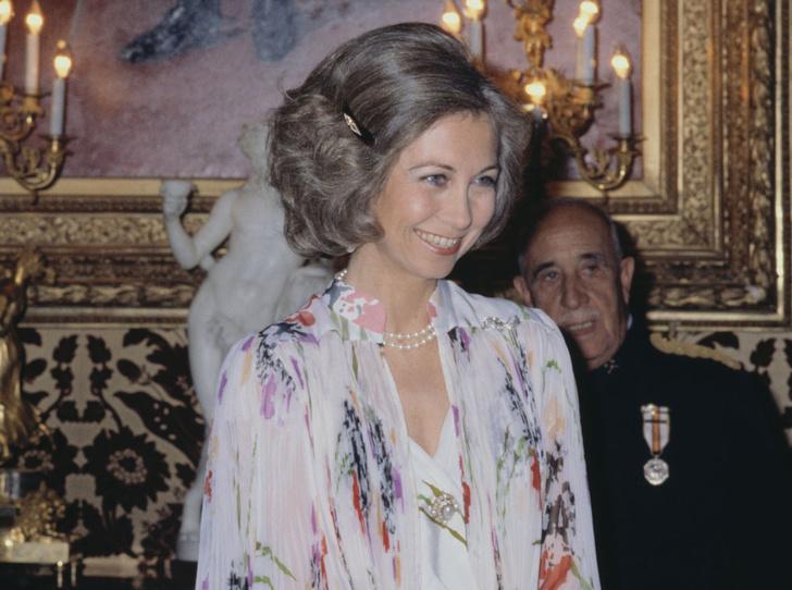Фото №16 - Красивая политика: бьюти-секреты Первых леди и королевских особ