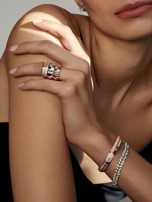 Фото №2 - Новое прочтение: Tiffany & Co представил коллекцию Atlas X