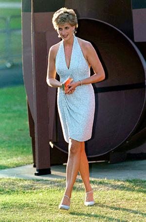 Фото №13 - Как принцесса Диана одевалась в 90-е годы