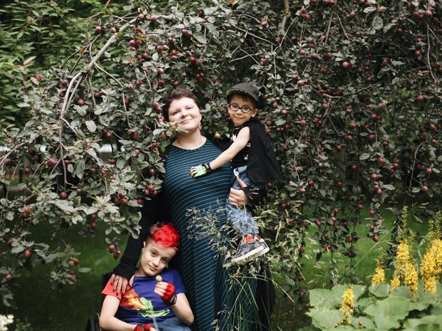 Фото №6 - Чужих детей не бывает: три непростые, но счастливые истории о приемном родительстве